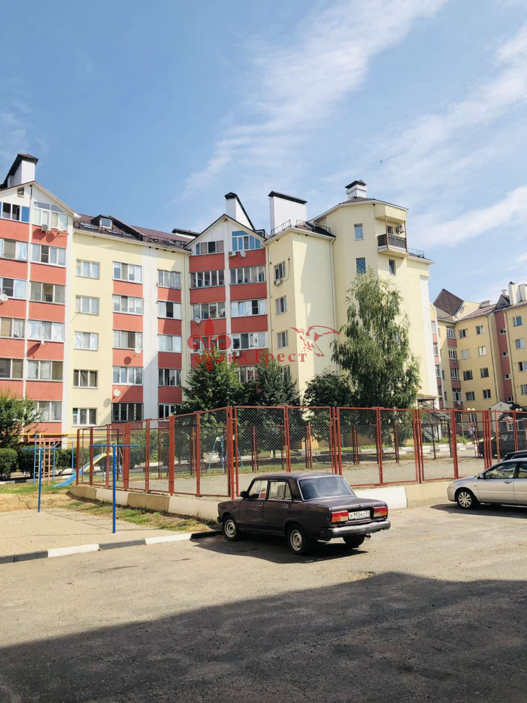 Таврово 1-й мкр, Комсомольская, 26б